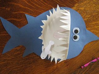 Shark Paper Plate Craft & Craft Ideas For Kids \u2013 Craft Projects For Kids \u2013 Little Crafter ...